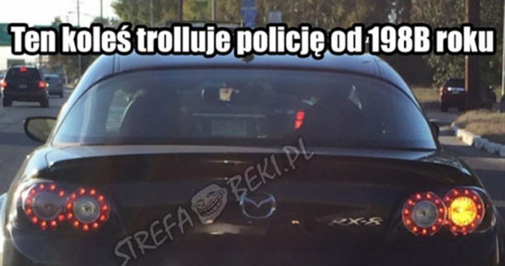 Jak prawidłowo trollować policję